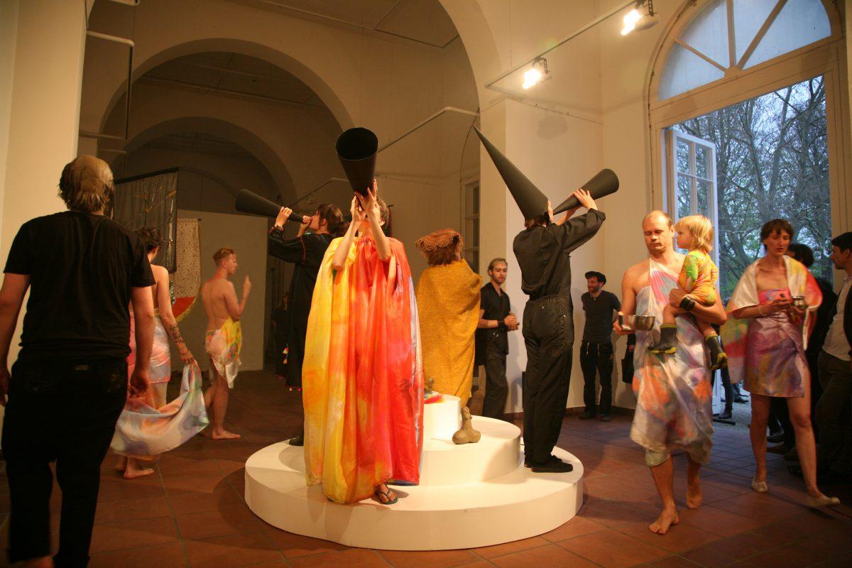 Under Her Spell, Galerie im Körnerpark